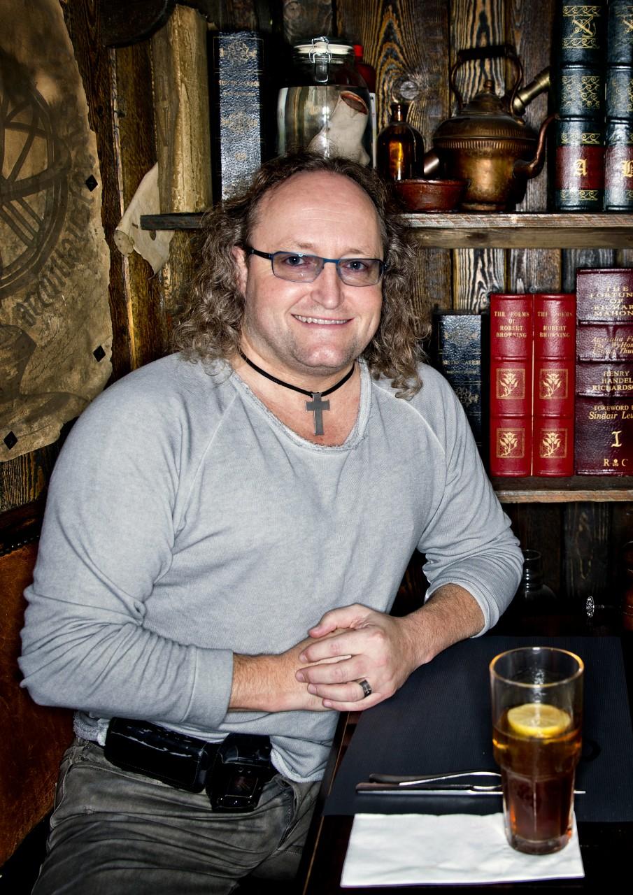 Dion Graus en Medhat El Genedi