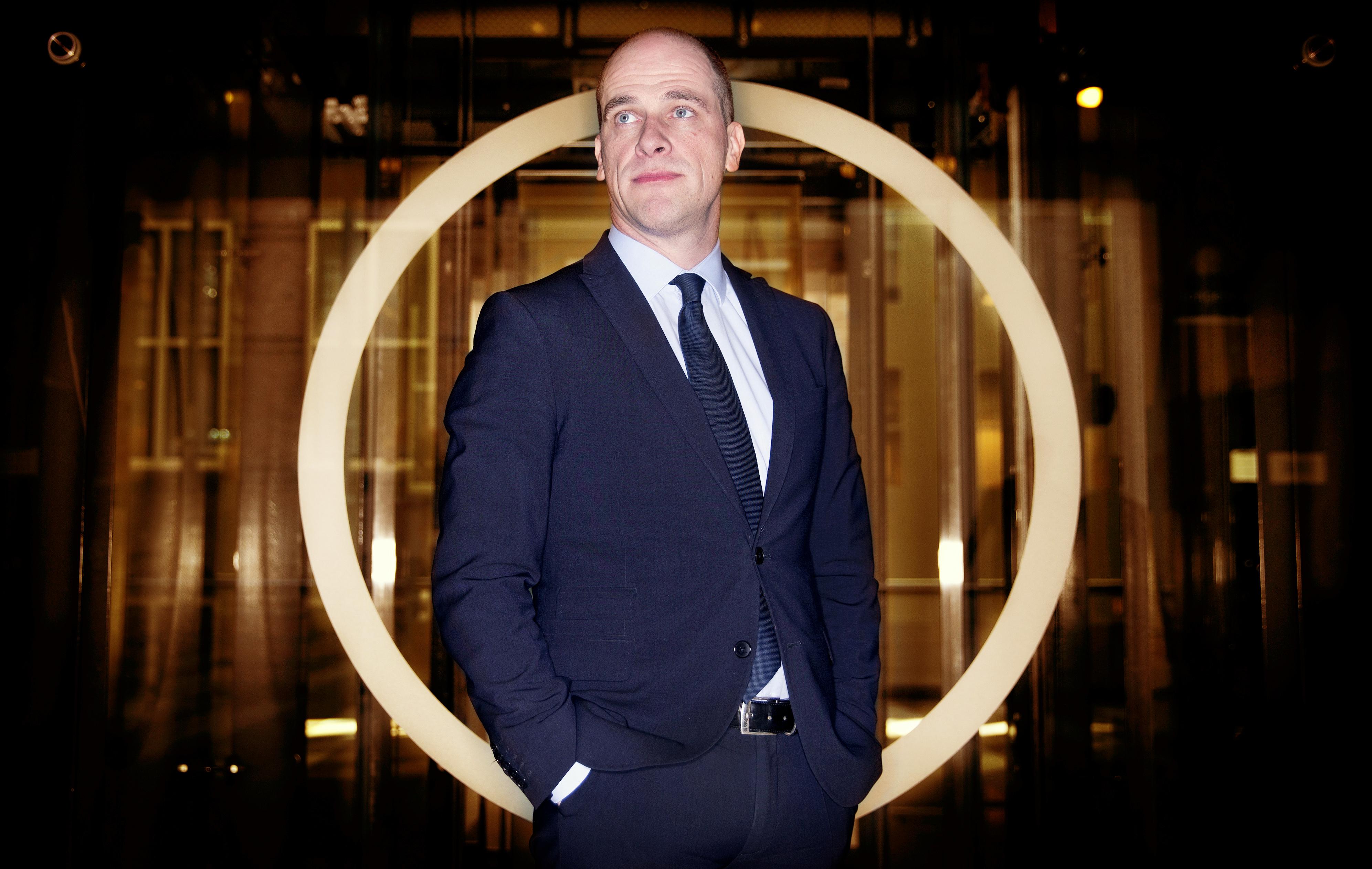 DEN HAAG - Portret PvdA fractieleider Diederik Samsom. Gefotografeerd in de wandelgangen van de tweede kamer. - FOTO GUUS SCHOONEWILLE