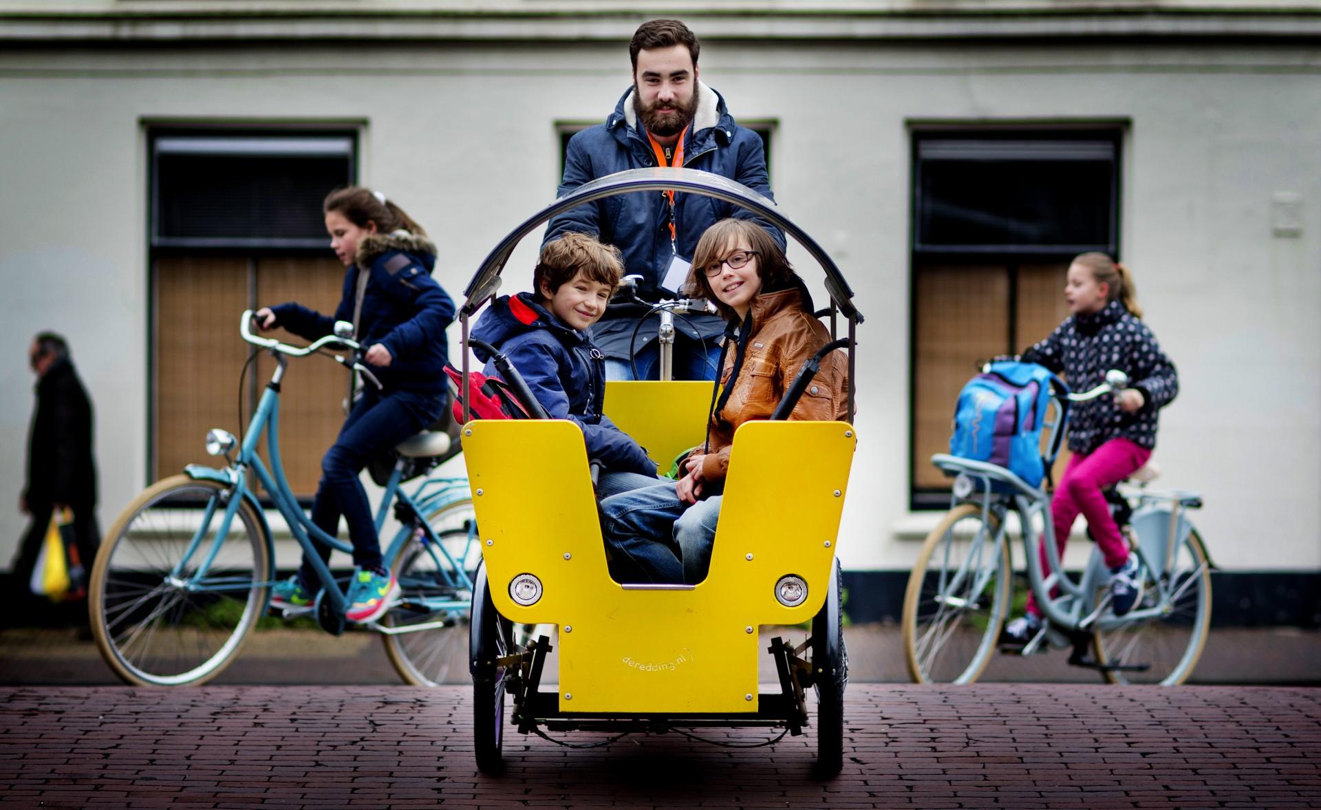Leukste Bijbaan - Bakfiets rijden